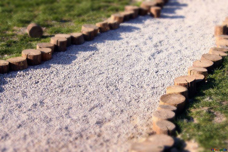 aanleggen van een grindpad