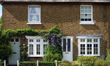 Je tuingereedschap, zonnepanelen of tuinhuisje  verzekeren, hoe doe je dat?